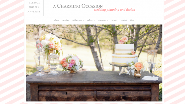 The home page puts the focus on Joelle's work with a slideshow of images from weddings she's worked on.